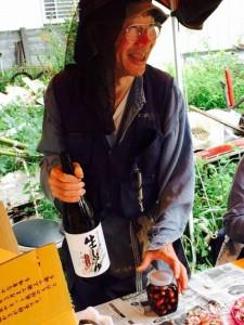 楽農くらぶ 野瀬さんのお話を聞きながら。雑談しながらの作業は楽しい
